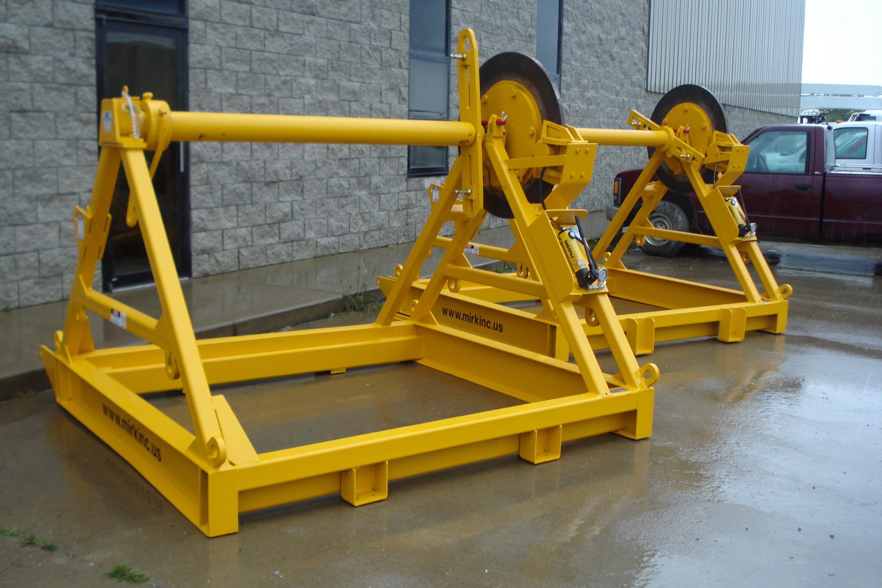 124L (Transmission Reel Stand) - PLREI
